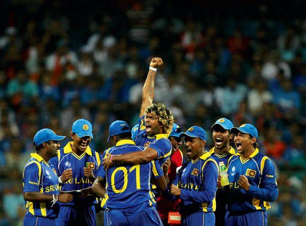 फाइनल में मलिंगा ने सहवाग और सचिन को आउट कर भारत को मुश्किल परिस्थिति में डाल दिया था।