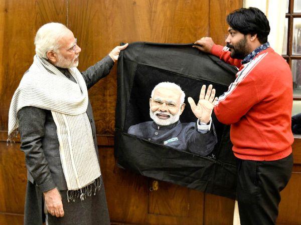 अरुण ने PM मोदी का एक पोर्ट्रेट बनाकर लेटर के साथ भेजा था। इसके कुछ दिनों बाद उनकी PM मोदी से मुलाकात हुई थी।