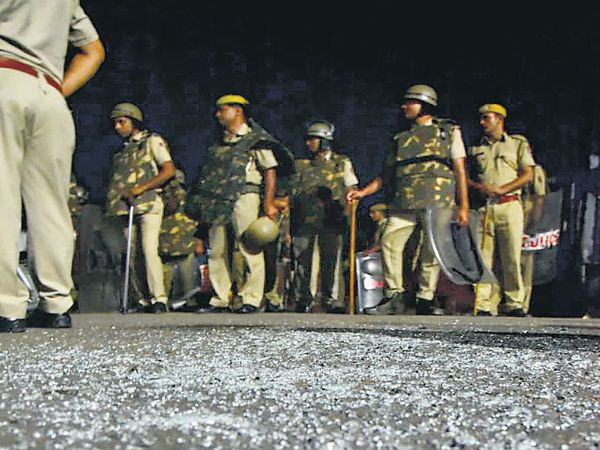 रात 1:00 बजे गलता गेट : तनावपूर्ण शांति - Dainik Bhaskar