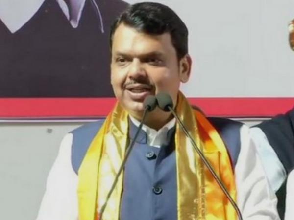 महाराष्ट्र के मुख्यमंत्री देवेंद्र फडणवीस। - Dainik Bhaskar