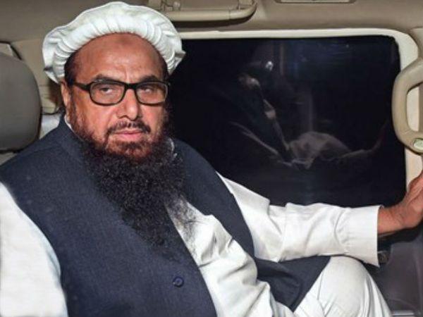 हाफिज सईद को 12 फरवरी को पाकिस्तान के आतंक रोधि कोर्ट ने 5 साल की सजा सुनाई थी।(फाइल) - Dainik Bhaskar