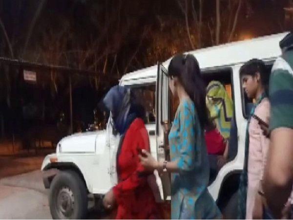 भोपाल में क्राइम ब्रांच ने छापा मारकर सेक्स रैकेट का भंडाफोड़ किया है। - Dainik Bhaskar