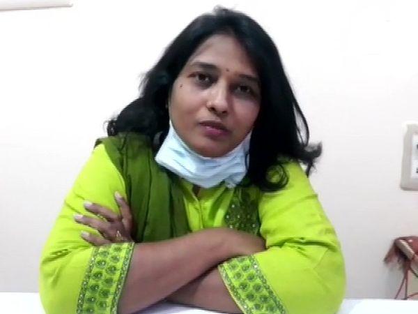 डॉ. रमया बेंगलुरु में डेंटिस्ट हैं। इन्होंने अपने क्लीनिक में गर्भवती की डिलीवरी कराई।