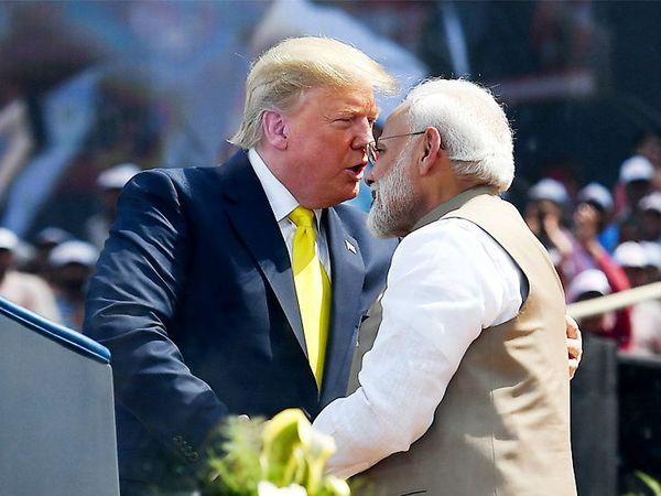 अमेरिकी राष्ट्रपति डोनाल्ड ट्रम्प 22 फरवरी को 2 दिन के दौरे पर भारत आए थे। इस दौरान अहमदाबाद के मोटेरा स्टेडियम में उन्होंने जनता को संबोधित किया था। - Dainik Bhaskar