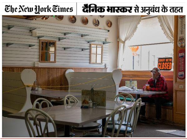 रेस्टोरेंट्स में इक्के-दुक्के ग्राहक ही पहुंच रहे हैं। इस वक्त ज्यादातर लोग दोस्तों के साथ सूरज की रोशनी में समंदर के किनारे बातचीत करना पसंद कर रहे हैं। कुछ लोग आइसोलेशन का रास्ता भी अपना रहे हैं। - Dainik Bhaskar