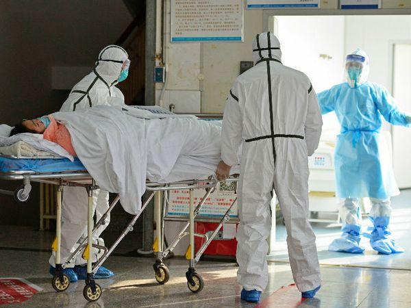 ग्लोबल बर्डन और डिसीज स्टडी रिपोर्ट के मुताबिक, अप्रैल के एक हफ्ते में कोरोनावायरस से दुनिया में 50 हजार से अधिक लोगों की मौत हो गई। -फाइल फोटो - Dainik Bhaskar