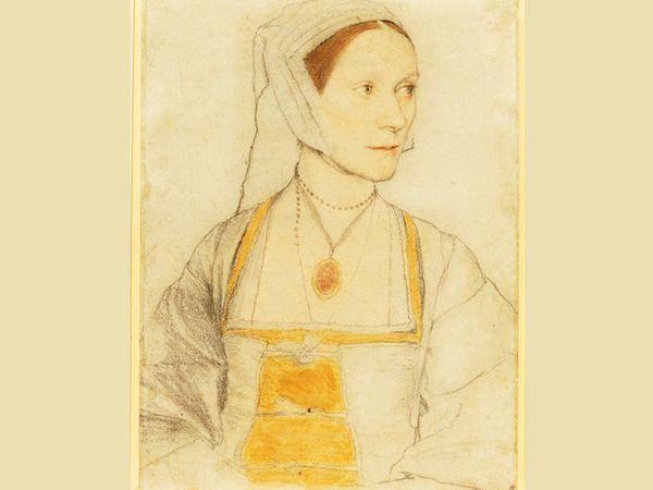 सेसिली हेरॉन 1526 में जर्मन पेंटर हान्स होलबीन द्वितीय पहली बार इंग्लैंड आए थे। हान्स डच दार्शनिक इरेस्मस का लैटर अपने दोस्त सर थॉमस मोर के लिए लेकर आए थे। मोर ने हान्स से अपने परिवार के कई चित्र बनवाए, जिसमें से यह उनकी सबसे छोटी बेटी सेसिली का है। हर्न ने बताया कि तस्वीर में सेसिली उस वक्त की सांभ्रांत महिला की पोशाक में हैं। उनके हाथ पेट पर नजर आ रहे हैं। हर्न के मुताबिक, उस वक्त की महिलाएं गर्भावस्था के दौरान तय कपड़े नहीं पहनती थीं। वे अपने कपड़ों को प्रेग्नेंसी के हिसाब से पहन लेती थीं।