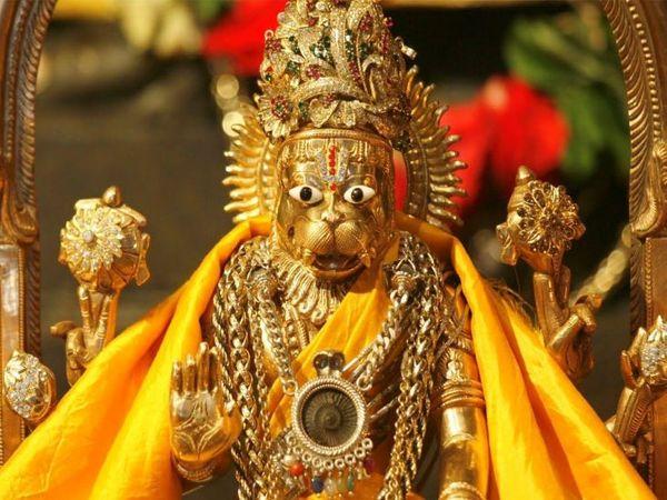 यदाद्री पर्वत को पंच नृसिंह के स्थान के रूप में भी जाना जाता है। यहां यदा ऋषि को भगवान नृसिंह ने पांच रूपों में दर्शन दिए थे।