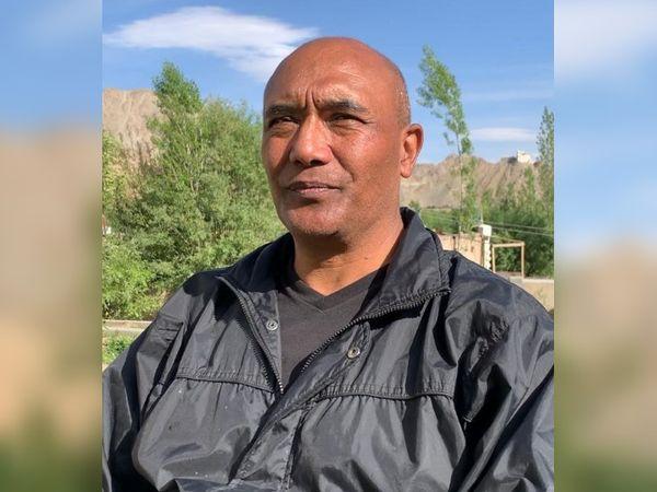 """सोनम वांगचुक बताते हैं, """"30 साल मैं फौज में रहा, 2007 में रिटायर हुआ, लेकिन पहली बार सुना कि हमने वहां 20 सैनिक खो दिए हैं।"""""""