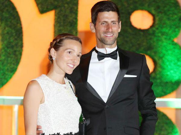 वर्ल्ड नंबर-1 टेनिस खिलाड़ी नोवाक जोकोविक ने चैरिटी एड्रिया टूर्नामेंट कराया था। इसके बाद वे और उनकी पत्नी कोरोना पॉजिटिव पाए गए थे। इनके अलावा 3 और खिलाड़ी भी संक्रमित हुए थे। -फाइल फोटो - Dainik Bhaskar