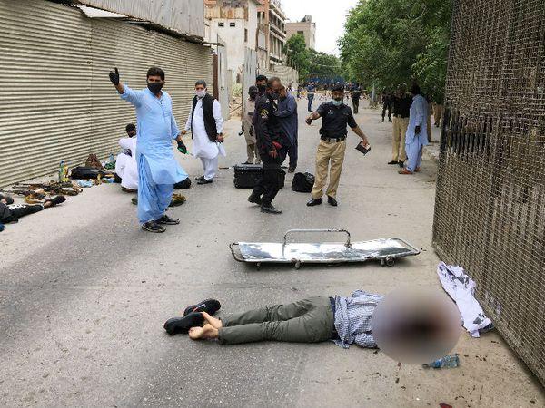 बलूचिस्तान लिबेरशन आर्मी ने हमले की जिम्मेदारी ली है। 2018 में बलूच आर्मी ने कराची में चीनी दूतावास पर हुए हमले की भी जिम्मेदारी ली थी।