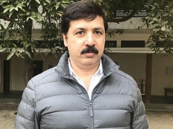 धनंजय सिंह ने 2009 में बसपा के टिकट पर जौनपुर से सांसद का चुनाव जीता। हालांकि 2014 में उसे हार का सामना करना पड़ा।