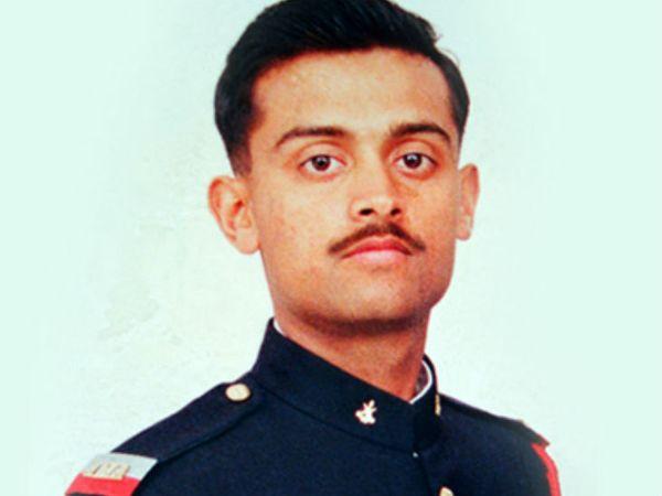 कैप्टन विजय थापर 29 जून 1999 को कारगिल में शहीद हो गए। उन्हें मरणोपरांत वीर चक्र सम्मान दिया गया।