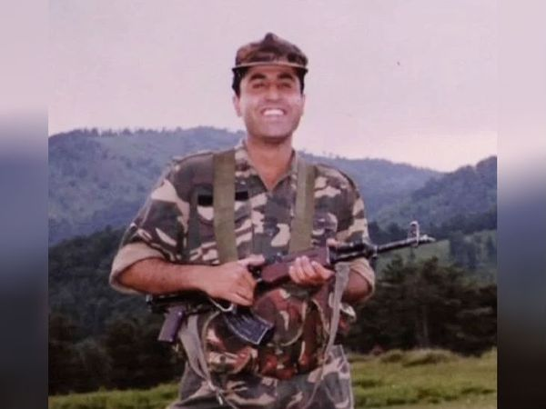 कैप्ट विजय बात्रा 7 जुलाई 1999 को शहीद हुए। उन्हें मरणोपरांत परमवीर चक्र सम्मान दिया गया।