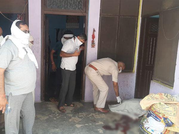 आरोपी पूर्व सैनिक ने घर में कलह के चलते पहले पत्नी और पुत्रवधु को मारा। फिर खुद खा ली सल्फास। - Dainik Bhaskar