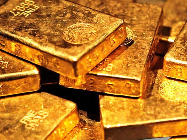 अगस्त में डिलीवरहोने वाले सोने की कीमत  0.19 प्रतिशत की गिरावट के साथ 49,055 रुपए प्रति 10 ग्राम हो गई - Dainik Bhaskar