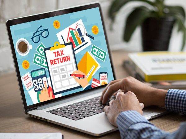 टैक्सपेयर द्वारा एक बार आईटीआर फाइल करने के बाद इनकम टैक्स रिटर्न फाइलिंग प्रोसेस को पूरा करने के लिए वैरिफाइड करना जरूरी है - Dainik Bhaskar
