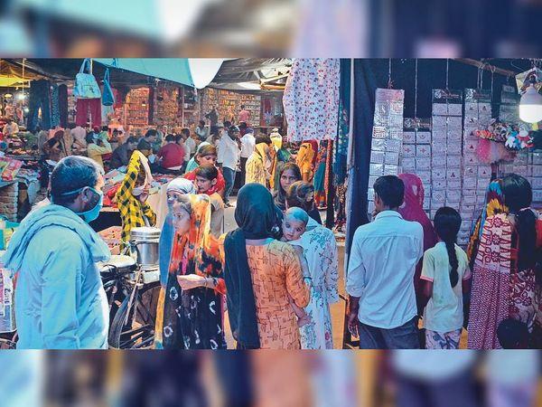 अलवर में सप्ताह में दो दिन सोम और मंगलवार को बंद रहेंगे बाजार। - Dainik Bhaskar