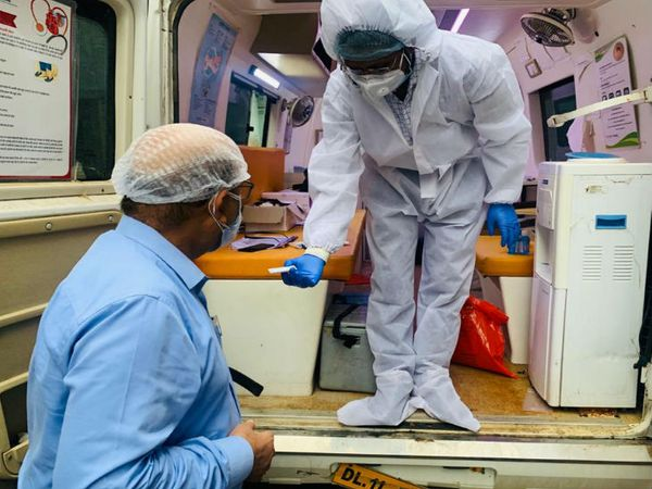 यूपी में दूसरी बार एक दिन में 1600 से ज्यादा मामले सामने आए हैं। संक्रमण की रोकथाम के लिए अब सरकार ने साप्ताहिक बंदी करने का फैसला लिया है। - Dainik Bhaskar