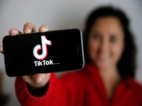 अमेरिका के कई मंत्री और सरकारी अधिकारी टिकटॉक समेत अन्य लोकप्रिय चीनी ऐप्स पर प्रतिबंध लगाने का संकेत दे चुके हैं। - Dainik Bhaskar