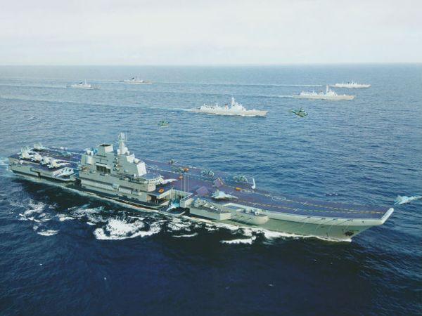 साउथ चाउना सी इंडोनेशिया और वियतनाम के बीच 35 लाख वर्ग किमी में फैला है। चीन ने इस क्षेत्र में बंदरगाह और सैन्य अड्डे भी बनाए हैं। (फाइल फोटो) - Dainik Bhaskar