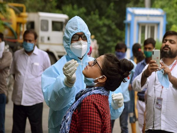 Patna Bhagalpur (Bihar) Coronavirus Cases/Lockdown Update   Bihar Corona Cases District Wise Today News; Patna Munger Rohtas Buxar Nalanda Sitamarhi Bhagalpur   24 घंटे में रिकॉर्ड 2605 कोरोना मरीज मिले, 1788 स्वस्थ