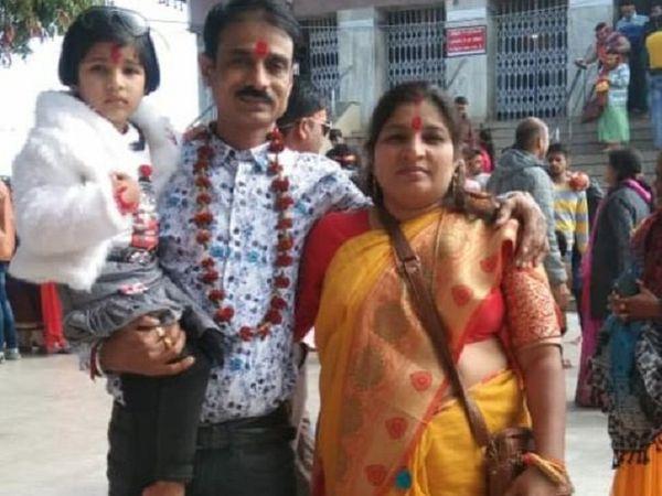 छत्तीसगढ़ के जांजगीर में सोमवार को हुए सड़क हादसे में एक एसईसीएल कर्मचारी की मौत हो गई। कर्मचारी अपनी पत्नी और बेटी के साथ कोरबा से अपने गृहग्राम रक्षाबंधन का पर्व मनाने के लिए जा रहे थे। पत्नी और बेटी को भी अपोलो बिलासपुर रेफर किया गया है।  (फाइल फोटो) - Dainik Bhaskar