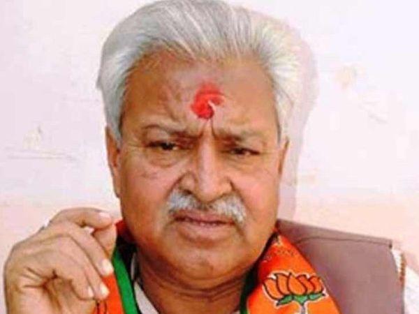 लक्ष्मीकांत बाजपेयी भाजपा के दिग्गज नेता हैं और उत्तरप्रदेश के मेरठ शहर से विधायक भी रह चुके हैं। - Dainik Bhaskar