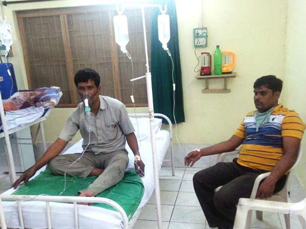 इस हादसे में 10 लोगों को बचाया गया। इनमें से 6 को अस्पताल में भर्ती किया गया।