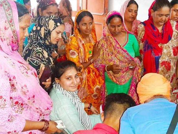 प्रवीण ने महिलाओं के लिए एक कमेटी बनाई है, जिसमें वो अपनी परेशानियां शेयर करती हैं।