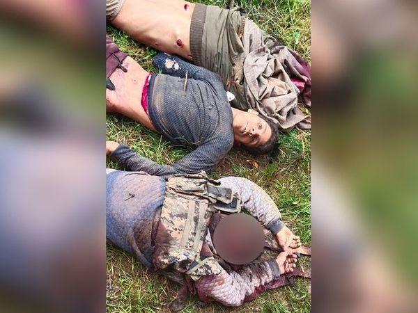 शोपियां में 18 जुलाई को मारे गए युवकों की तस्वीर सोशल मीडिया पर आने के बाद परिजन ने इन्हें पहचाना था और पुलिस में शिकायत की थी। -फाइल फोटो - Dainik Bhaskar