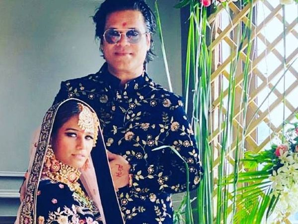 पूनम पांडे ने शादी के बाद सोशल मीडिया में इसका ऐलान किया था। - Dainik Bhaskar