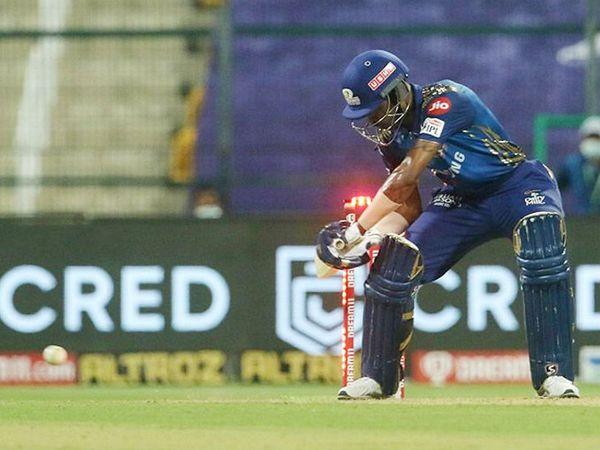 हार्दिक पंड्या आईपीएल में हिट विकेट आउट होने वाले 11वें खिलाड़ी बने।
