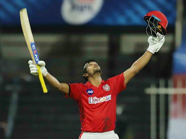 मयंक अग्रवाल ने शानदार 106 रन बनाए। पंजाब की ओर से यह 13वां शतक है। एक टीम की ओर से सबसे ज्यादा शतक के मामले में टीम ने बेंगलुरू की बराबरी कर ली है।