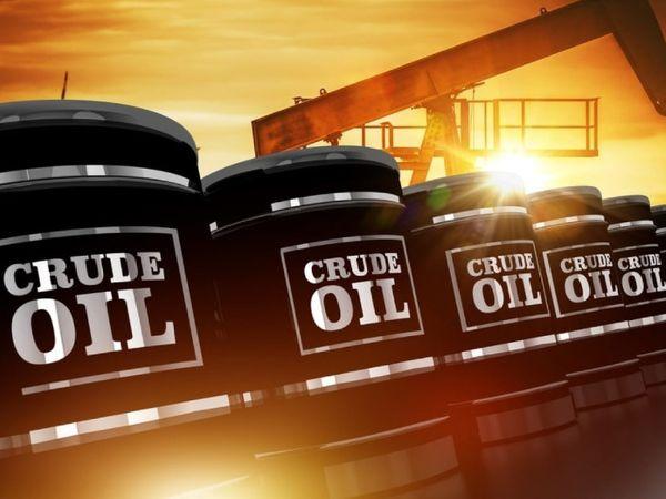 वित्त मंत्रालय ने 2017 के केंद्रीय बजट में तेल पर लगने वाले सेस की दरों में बदलाव किया था। - Dainik Bhaskar