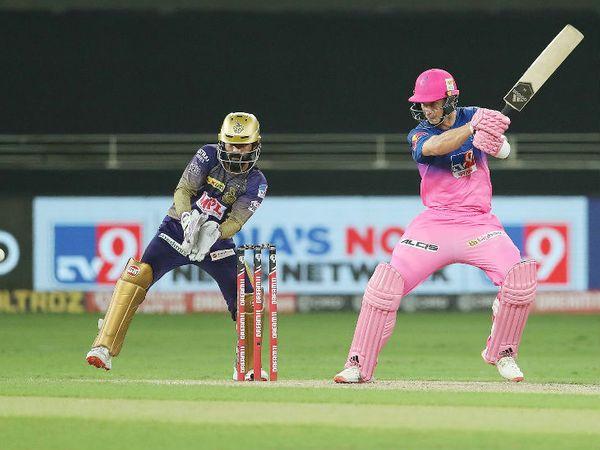 राजस्थान के टॉम करन ने नाबाद 54 रन की पारी खेली। उन्होंने दूसरी बार 8वें नंबर पर खेलते हुए फिफ्टी लगाई। वे टी-20 में इस नंबर पर दो बार 50+ स्कोर बनाने वाले अकेले खिलाड़ी हैं।