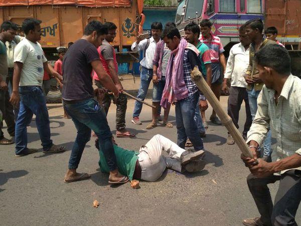 वर्ष 1999 से 2016 के बीच पश्चिम बंगाल में हर साल औसतन 20 राजनीतिक हत्याएं हुई हैं। इनमें सबसे ज्यादा 50 हत्याएं 2009 में हुईं।