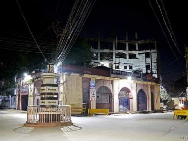 कोतवाली से शहर का इतिहास जुड़ा हुआ है। साल 1802 में अंग्रेजों की कचहरी चलती थी। करीब 100 साल बाद 1903 में यह इमारत पुलिस विभाग के सुपुर्द कर दी गई।