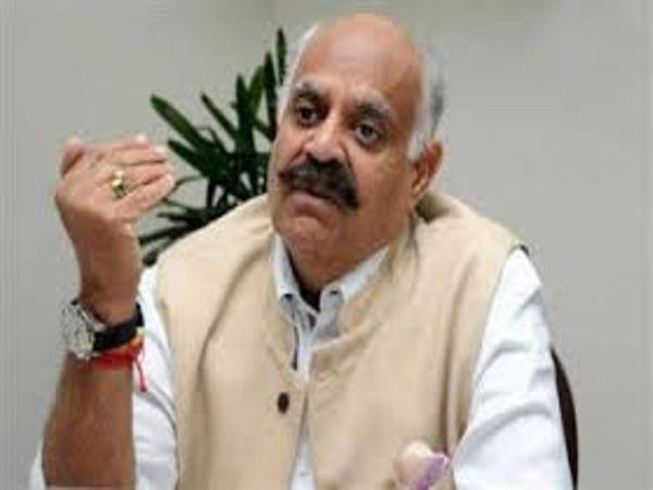 प्रशासकने अब डीजीपी से पिछले 3 साल में चंडीगढ़ में इसी तरह के मामले यानी गोली चलने की घटनाओं को लेकर रिपोर्ट तलब की है। - Dainik Bhaskar