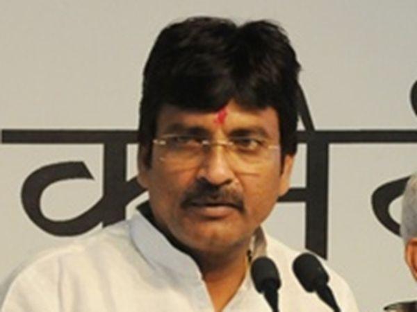 किसान कांग्रेस प्रदेशाध्यक्ष दिनेश गुर्जर (फाइल फोटो) - Dainik Bhaskar