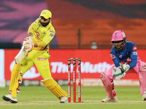 रविंद्र जडेजा ने चेन्नई के लिए सबसे ज्यादा 35 रन बनाए। वे मैच के दौरान आउट नहीं हुए।