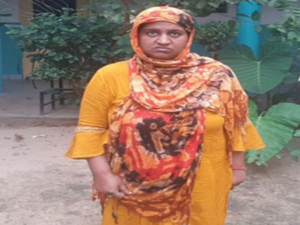 महाराष्ट्र की रहने वाली है गैंग की मास्टरमाइंड नेहा उर्फ नजमा। जयपुर में एक युवक से शादी का बहाना कर एक लाख रुपए हड़पकर भाग निकली थी नेहा। गैंग के चार साथी पहले हो चुके है गिरफ्तार - Dainik Bhaskar