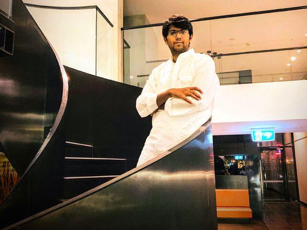 आमिर अब एक मल्टीनेशनल कंपनी के मालिक तो हैं ही साथ ही उन्होंने कई स्टार्टअप्स में भी इंवेस्ट किया है। चार देशों में उनकी कंपनी के ऑफिस हैं।