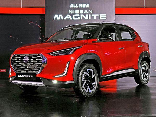 रिपोर्ट्स के मुताबिक, इस कार को कंपनी दिसंबर में लॉन्च कर सकती है - Dainik Bhaskar