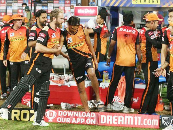 जीत के बाद खुश नजर आया सनराइजर्स हैदराबाद का खेमा।