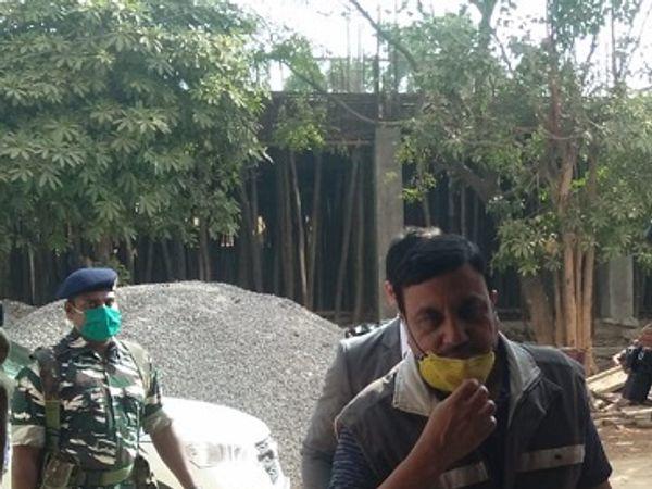 छत्तीसगढ़ कैडर के बर्खास्त आईएएस अधिकारी बीएल अग्रवाल को प्रवर्तन निदेशालय ने साेमवार को गिरफ्तार किया था। फाइल फोटो। - Dainik Bhaskar