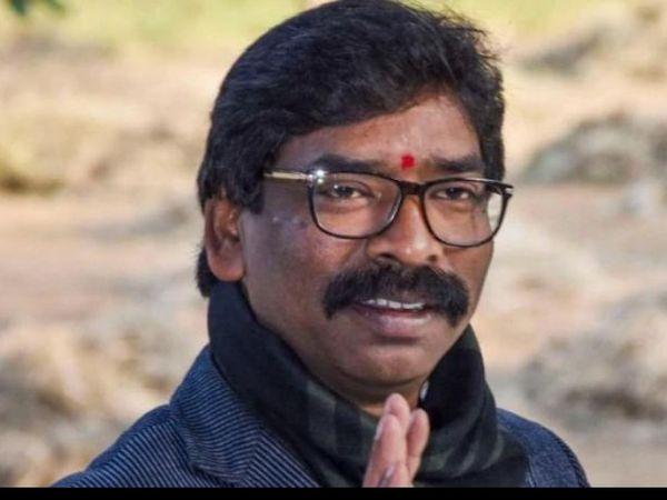 घाट पर छठ करने की मांग को लेकर जन आंदोलन शुरू हो गया था (फाइल) - Dainik Bhaskar