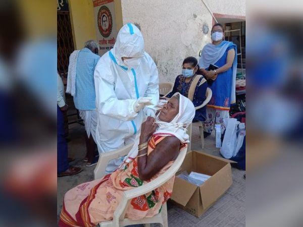 जगदलपुर में बुधवार से कोरोना की जांच में तेजी लाई गई। - Dainik Bhaskar