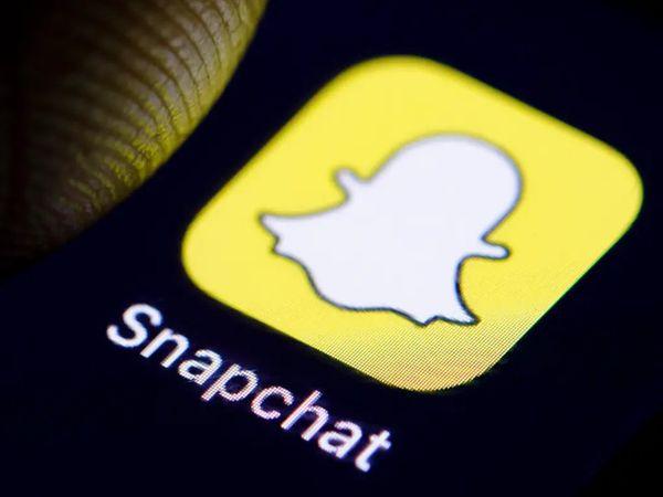 नए फीचर के जरिए यूजर स्नैपचैट ऐप पर शॉर्ट वीडियो शेयर कर सकते हैं। - Dainik Bhaskar