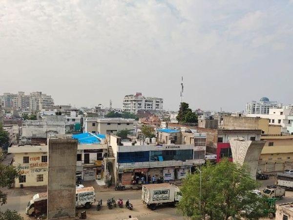 राजस्थान के उदयपुर, माउंट आबू को छोड़कर सभी शहरों में न्यूनतम तापमान बुधवार को दो डिजिट में दर्ज हुआ है।
